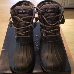 Sperry rain boots, SZ 7.